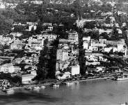 Vu sur le boulevard Charner et la rue Catinat Saigon
